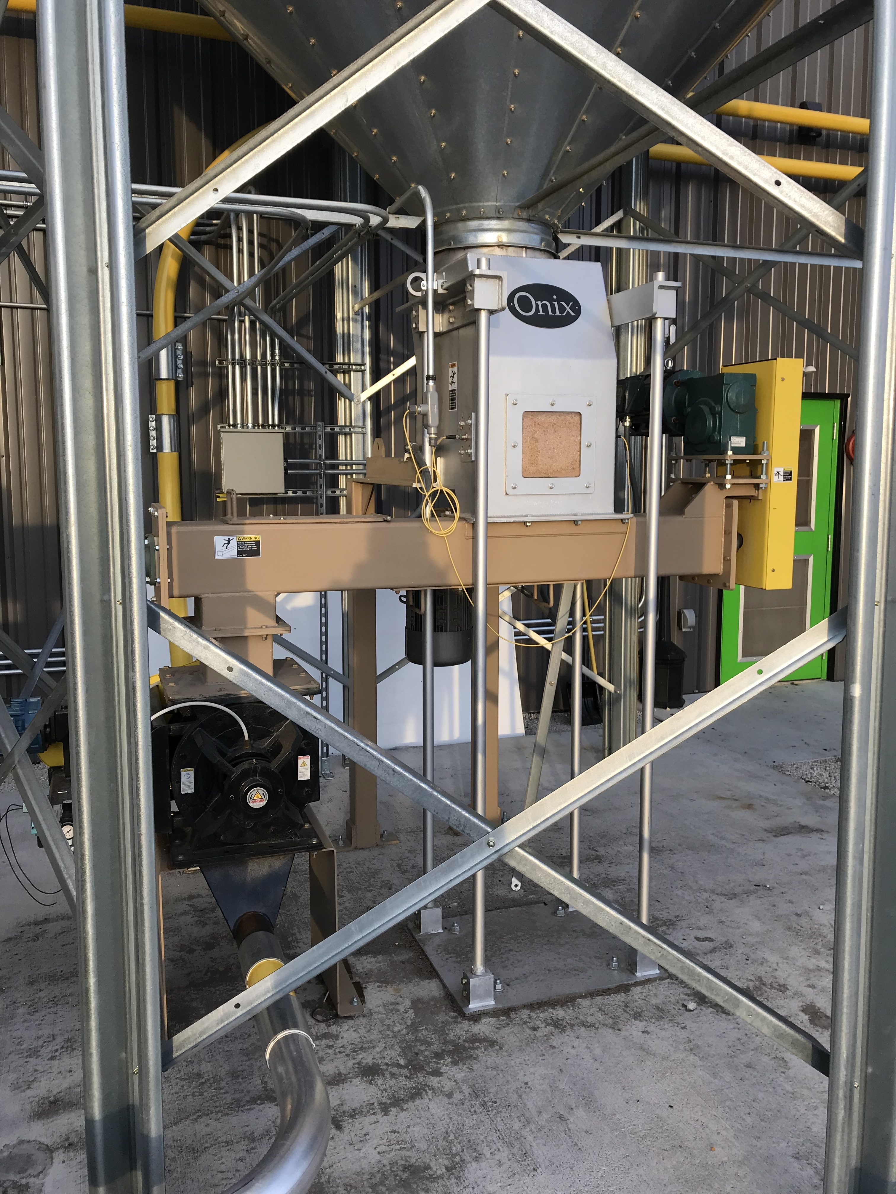material handling systems tank feed